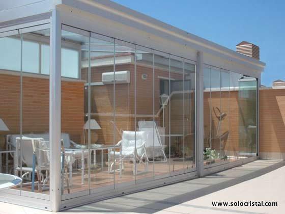 Cristales para terrazas cerramientos de cristal for Cerramientos de jardines fotos
