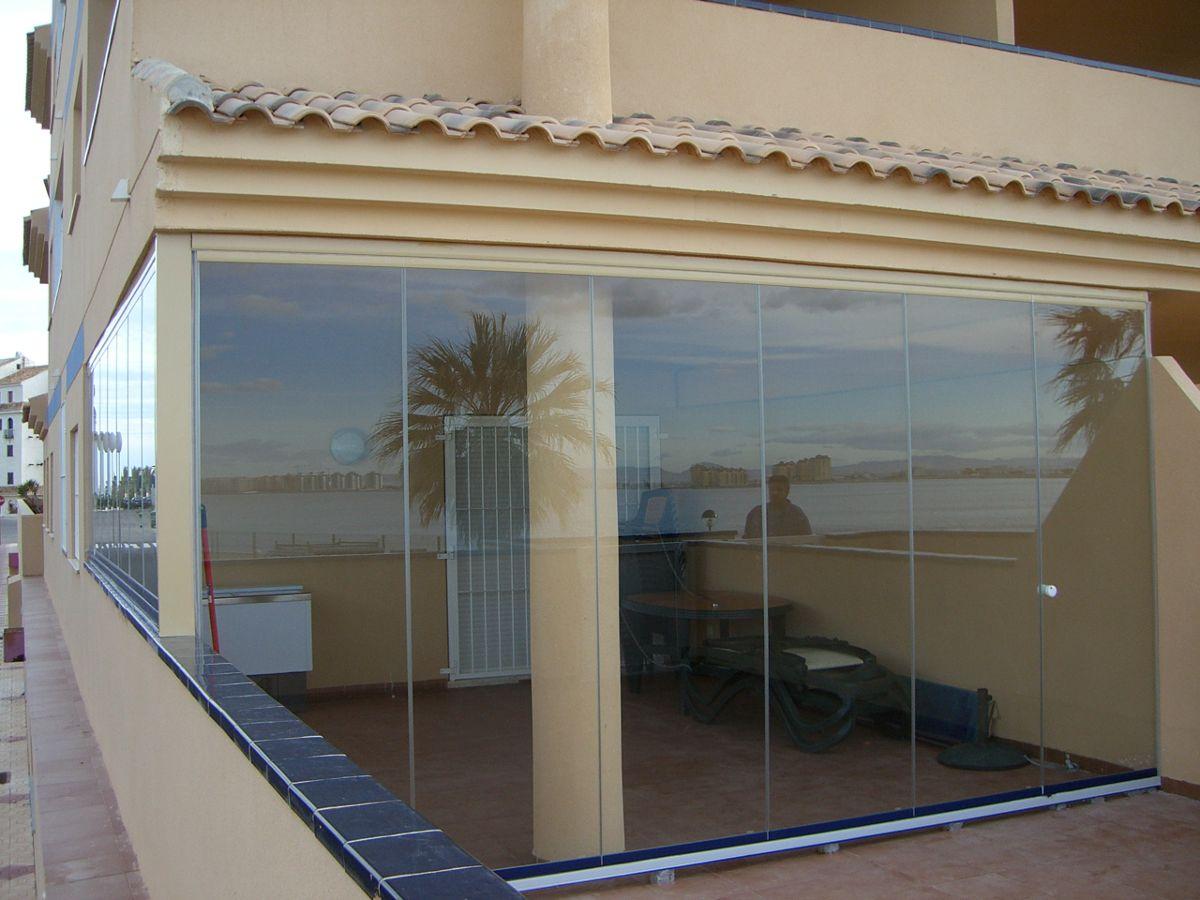 Cristales para terrazas cerramientos de cristal for Cortina cristal terraza